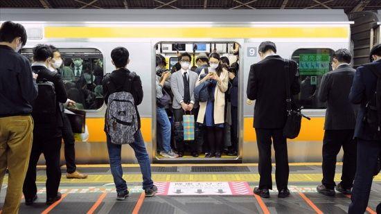 Japonya'da koronavirüs mücadelesi 'kritik safhada'