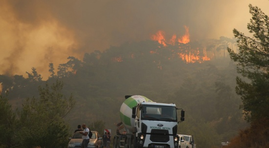 Köyceğiz ve Manavgat yangınları kontrol altında