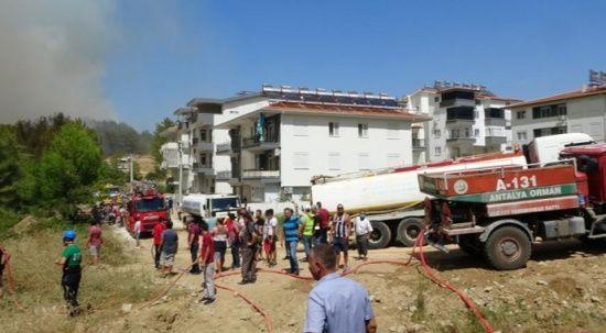 Manavgat'ta alevler yeniden yükseldi, vatandaş seferber oldu