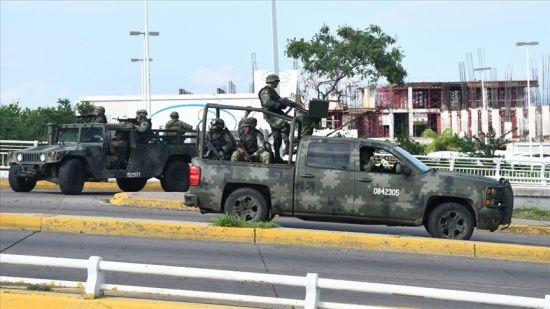 Meksika'da uyuşturucu çeteleri arasında çatışma: 16 ölü