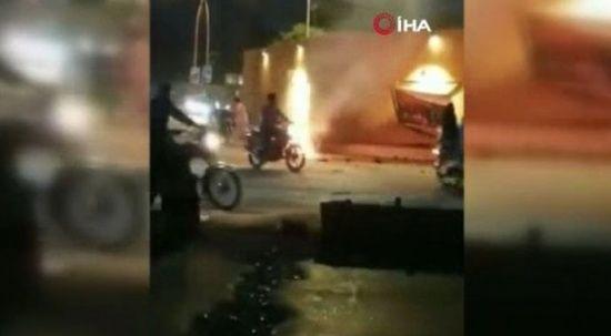 Pakistan'da polise bombalı saldırı