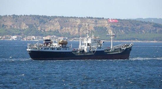 Rus savaş gemileri Çanakkale Boğazı'nda!