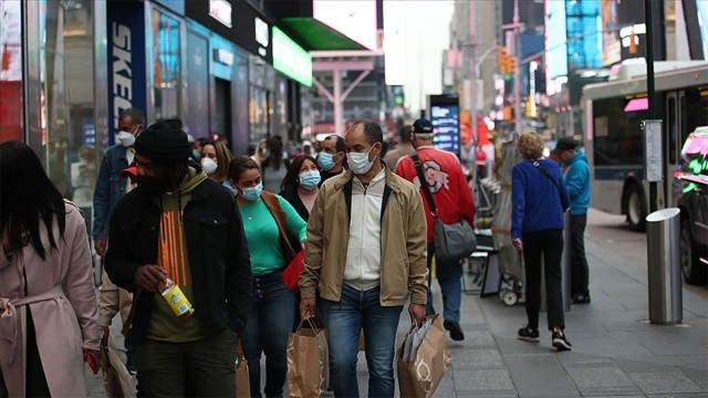 ABD'de koronavirüsten ölenlerin sayısı 690 bini aştı