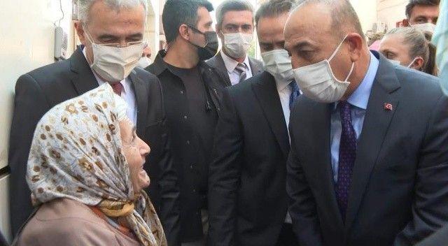 Bakan Çavuşoğlu: Bu bayrak altında hepimiz beraberiz