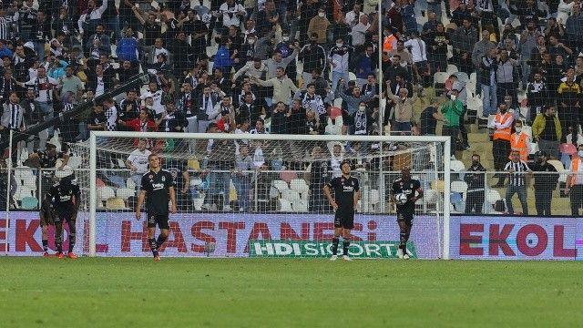 Beşiktaş yine son dakikalarda yıkıldı