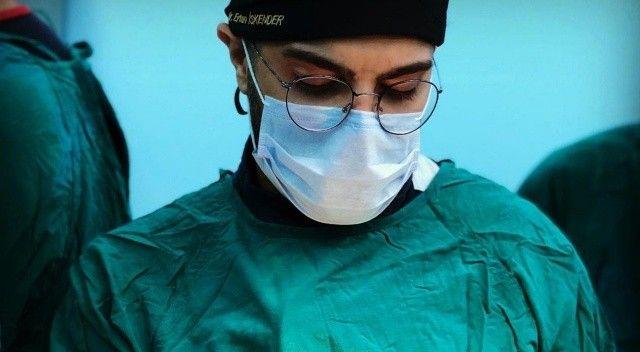 Doktor Ertan İskender'i bıçaklayan saldırgana dava açıldı