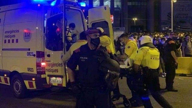 Eğlence yeri savaş alanına döndü: 43 yaralı, 20 gözaltı