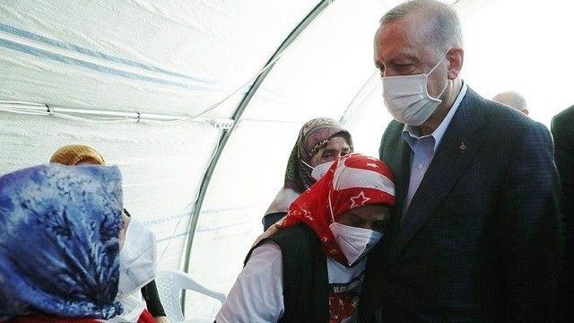 Erdoğan'dan, Diyarbakır annelerine 3'üncü yıl selamı