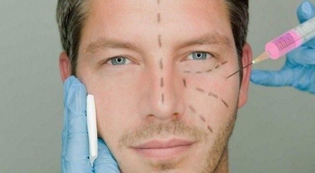 Erkekler en çok burun ameliyatı yaptırıyor