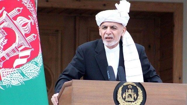 Eski Afganistan Cumhurbaşkanı Gani, halkından özür diledi