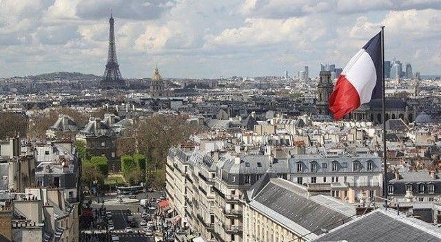 Fransa'da ve İngiltere arasındaki gerginlik artmaya devam ediyor! Adeta kan kustu