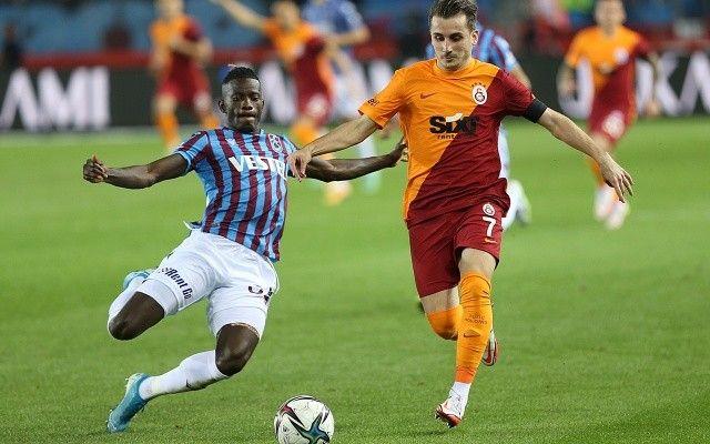 Galatasaray 2-0 önde olduğu maçtan 1 puanla döndü!