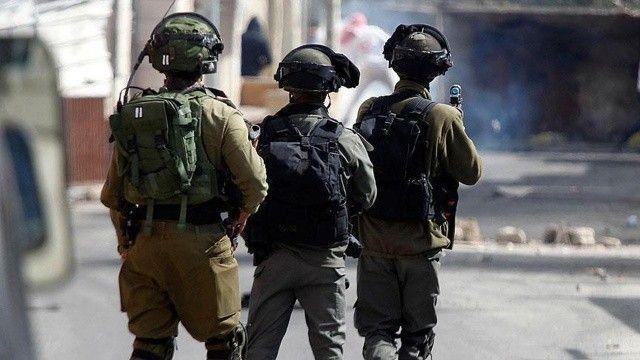 İsrail güçleri Batı Şeria'da 2 Filistinliyi gözaltına aldı