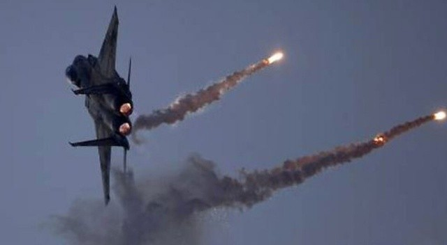 İsrail, Şam yakınlarını vurdu
