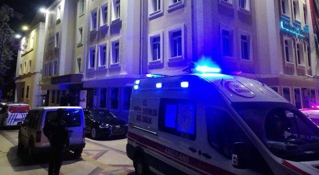 İzmir'de belediye binasında intihar paniği!