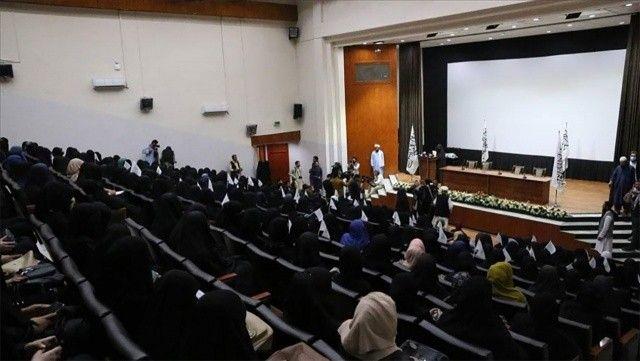 Kabil'de kadınlar Taliban'a destek etkinliği düzenledi