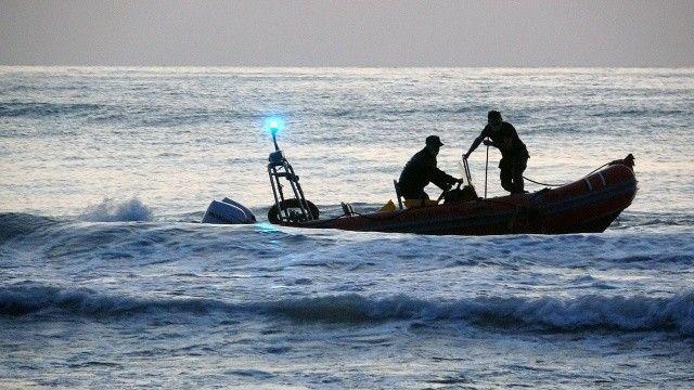 Karadeniz'de dev dalgalar bir genci yuttu, arkadaşı son kurtarıldı
