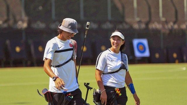 Mete Gazoz ile Yasemin Ecem Anagöz, Japonları devirdi