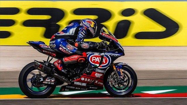 Milli motosikletçi Toprak Razgatlıoğlu Fransa'da ilk yarışta birinci oldu