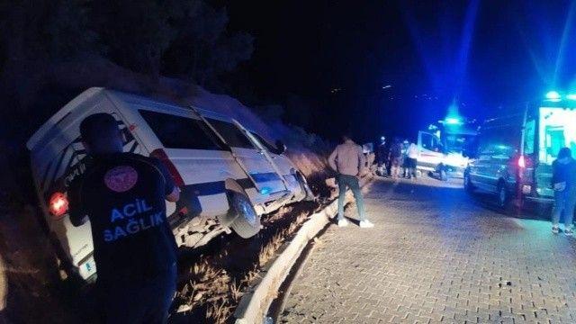 Nemrut Dağına çıkan üniversiteliler kaza yaptı: 10 yaralı