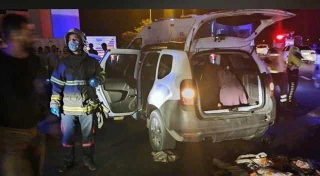 Otomobil tıra arkadan çarptı: Yaralılar var