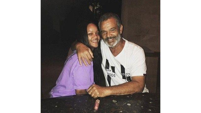 Rihanna babasına açtığı davayı geri çekti