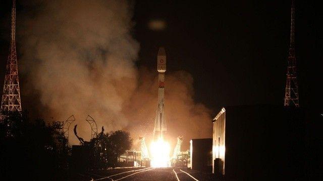 Rusya, OneWeb'in 34 yeni uydusunu uzaya fırlattı