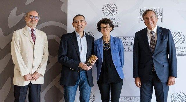 Uğur Şahin ve Özlem Türeci'ye Tıp Onur Ödülü