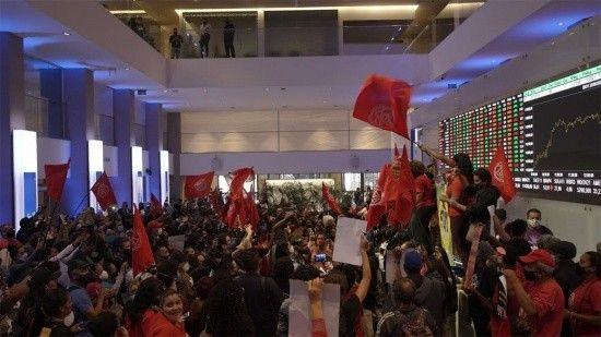 Brezilya'da Evsiz İşçiler borsayı bastı!