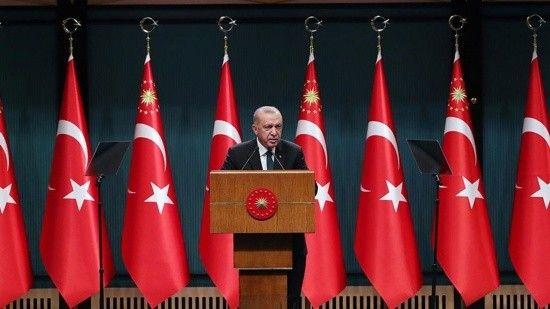 Erdoğan 3 yıllık orta vadeli programı işaret etti: Hedef 1 trilyon dolar