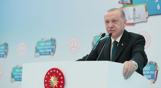 Cumhurbaşkanı Erdoğan: Yüz yüze eğitimi devam ettirmekte kararlıyız