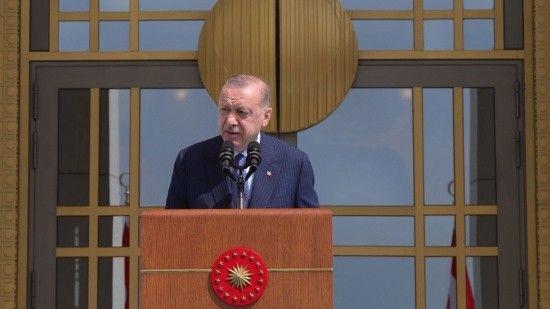 Erdoğan: Doğru yoldayız çünkü paniklediler