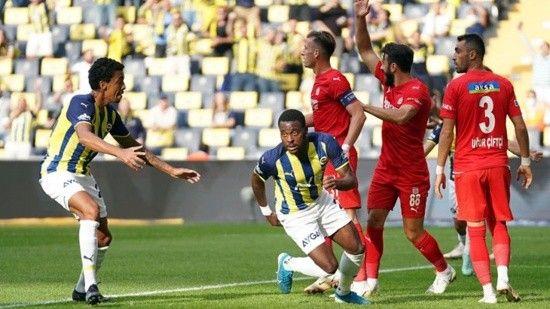Fenerbahçe, kendi sahasında yara aldı!