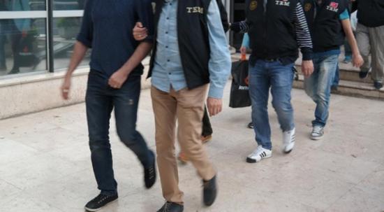 FETÖ operasyonunda 24 şüpheli gözaltına alındı 11 kişi tutuklandı