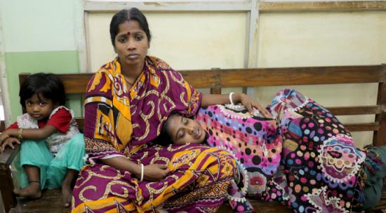 Hindistan'da yüksek ateşten dolayı 50 kişi öldü!