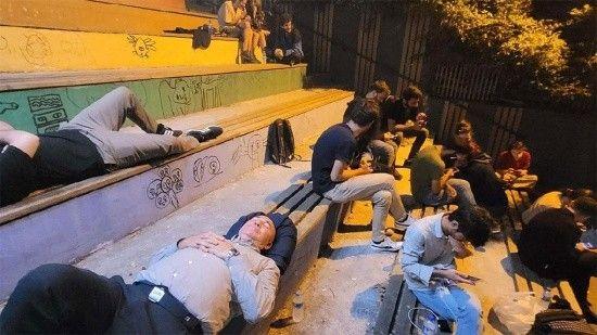 İstanbul'daki 'barınamıyoruz' protestosu provokasyon çıktı