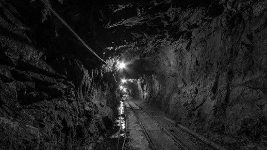 Kanada'da 39 işçi madende mahsur kaldı