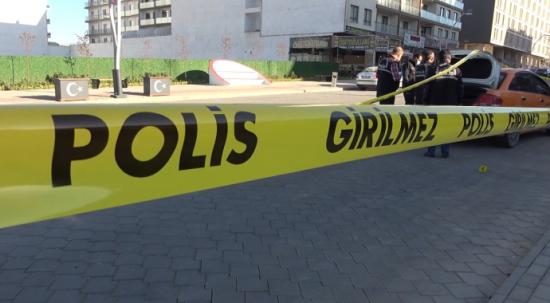 Kız meselesi silahlı kavgaya dönüştü! 1 kişi yaralandı