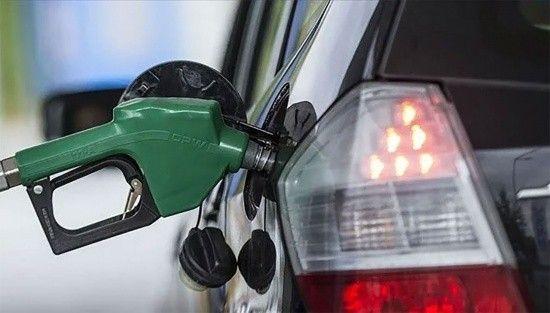 Lübnan'da kriz sürüyor! Benzin fiyatları 4 kat arttı