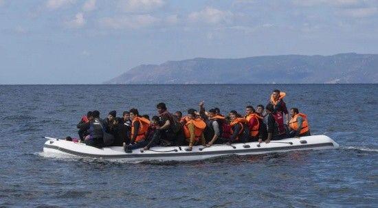 Marmaris'te 10 göçmen daha kurtarıldı