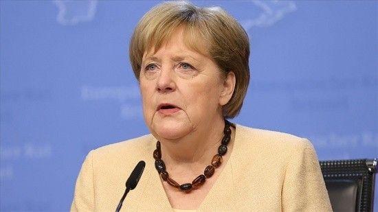 Merkel seçimlerde oyunu mektupla kullanacak