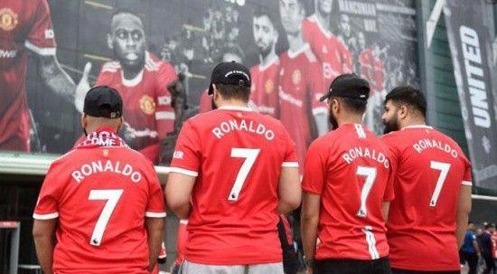 Nefesler tutuldu! Manchester'da Ronaldo çılgınlığı