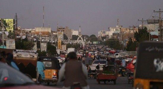 Talibanlı hayat! Kabil'deki esnaf kepenkleri açmaya başladı