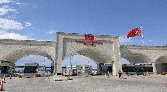 Tır şoförleri İpsala sınır kapısında göçmen nöbeti tutuyor!