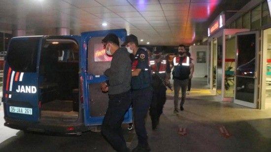 Yurt dışına kaçarken yakalanan  FETÖ'cüden 5'i tutuklandı