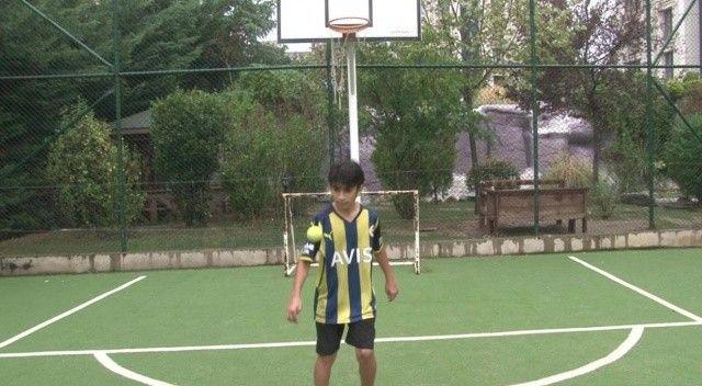 12 yaşındaki Yerli Messi, Arjantinli Messi'nin rekorunu kırdı