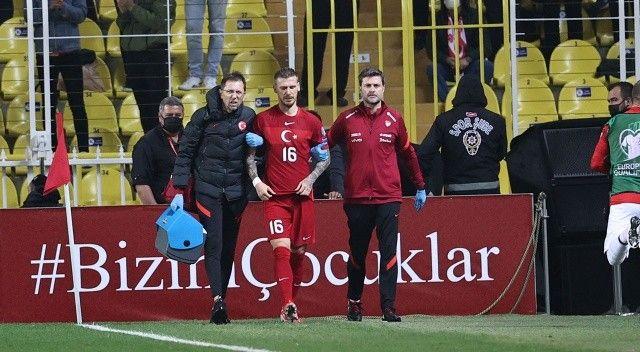 A Milli Takım'da iki futbolcu kadrodan çıkarıldı