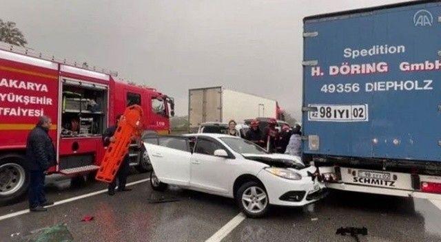 Anadolu Otoyolu'nda korkutan kaza! 15 araç birbirine girdi