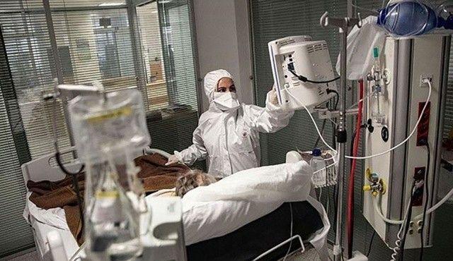 Aşısını geciktirenler salgını hızlandırıyor