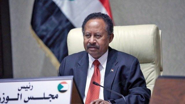 Askerler tarafından alıkonulan Sudan Başbakanı serbest kaldı